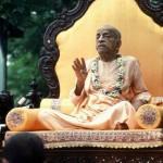 """A.C. BHAKTIWEDANTA SWAMI: """"Nie jesteśmy wegetarianami ani nie-wegetarianami. Jesteśmy transcendentalni."""